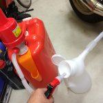 石油ストーブ生活を快適にする:灯油ポンプとオイルジョッキ調達