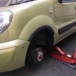 カングー:夏冬タイヤ交換、油圧ジャッキ購入